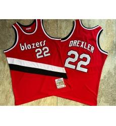 Blazers 22 Clyde Drexler Red 1983 84 Hardwood Classics Swingman Jersey
