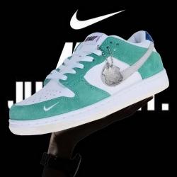 Nike SB Dunk Low AAA Women Shoes 046